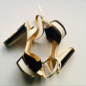 Guess High heels shoes